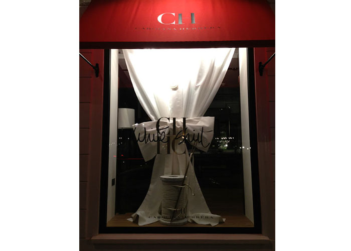 Carolina Herrera – White Shirt windows